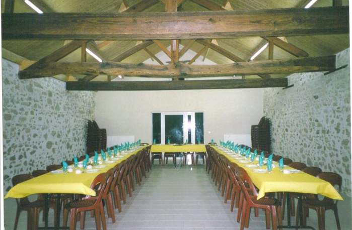 Salle installlée en u location de salle en Vendée